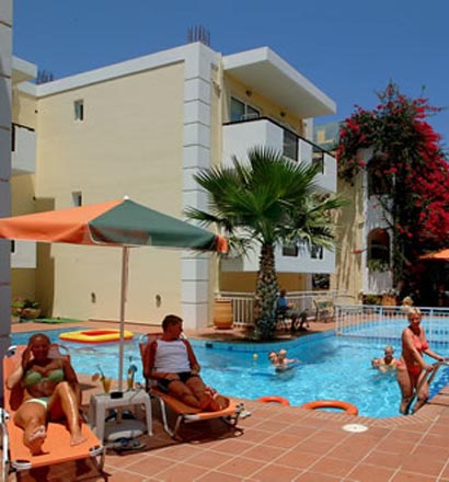 Motakis Village- Bueno Hotel: Swimming pool