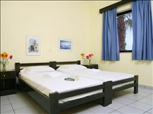 Kaissa Beach Hotel-Apartments