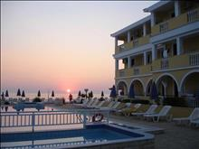 Konstantin Beach Hotel: Pool