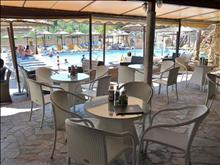 Tsilivi Mavrikos Hotel: Pool Bar