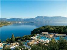 Grecotel Eva Palace: Pool landscape and Waterfront Villas