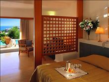 Porto Elounda Golf & Spa Resort: Deluxe Room Sh. Pool
