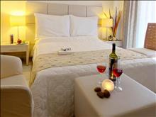 Akrogiali Small Boutique Hotel: Superior Room
