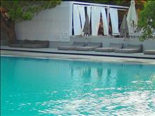 The Bay Hotel & Suites: Pool and Spa