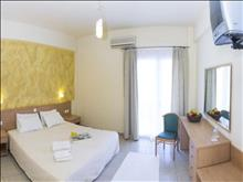 Eviana Beach Hotel: Double Room