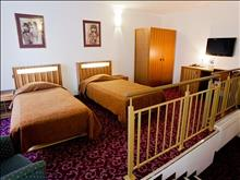 City Hotel Teater: City Hotel TEATER