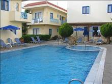 Tsalos Beach Hotel: Pool