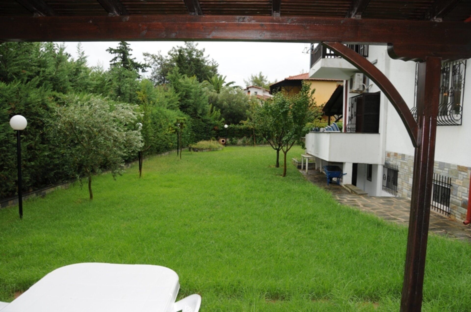 6 bedroom Detached house  in Polichrono  RE0194