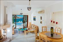 3 bedroom Villa  in Agios Nikolaos  RE0381