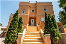 5 bedroom Villa  in Achillion  RE0497