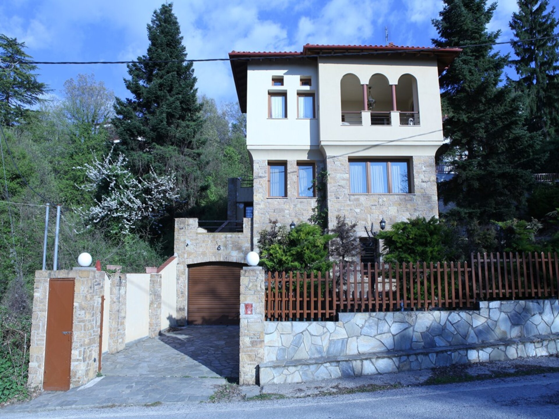 3 bedroom Detached house  in Thessaloniki  RE0640