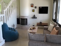 3 bedroom Maisonette  in Potos  RE0685